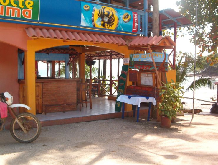 Beachfront Store in Montezuma