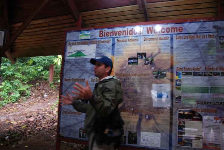 Guide giving a bit of history before a hike into the Monteverde Cloud Forest Reserve