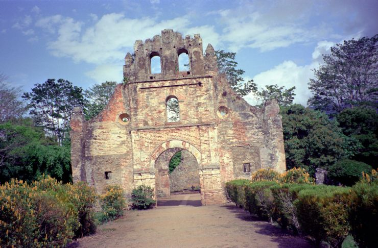 Ujarras Ruins of Church