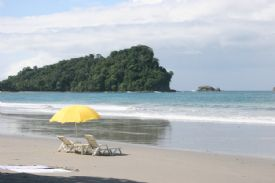 Inviting beach chairs in Manuel Antonio - Manuel Antonio, North Puntarenas