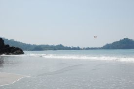 Yes you can parasail at Manuel Antonio - Manuel Antonio, North Puntarenas