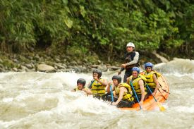 Having fun rafting on the Rio Naranjo - Manuel Antonio, North Puntarenas