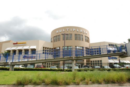 Multiplaza Mall in Escazu