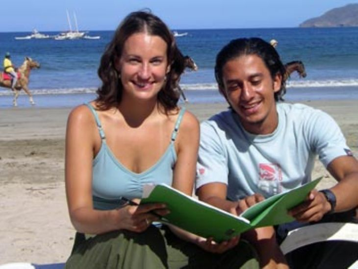Learning Spanish on the Beach