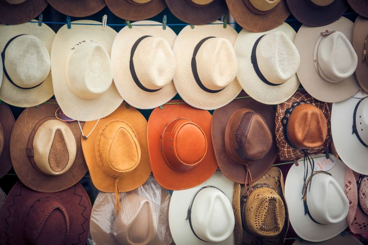 Hat sale in Palmares
