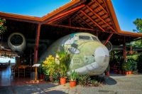 How a Plane Became One of Manuel Antonio's Most Popular Restaurants