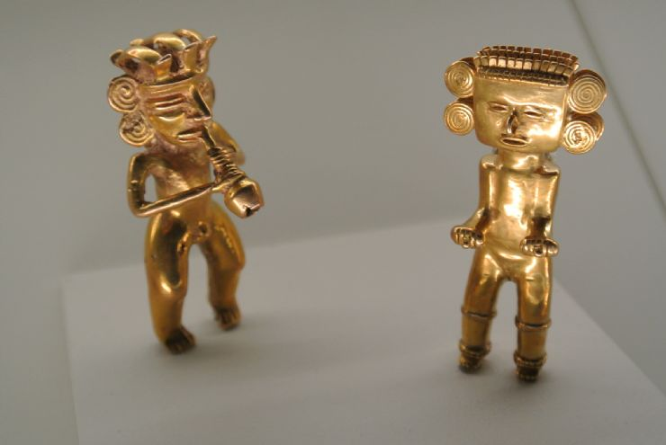 Old precolumbian gold pieces at Gold Museum, San Jose