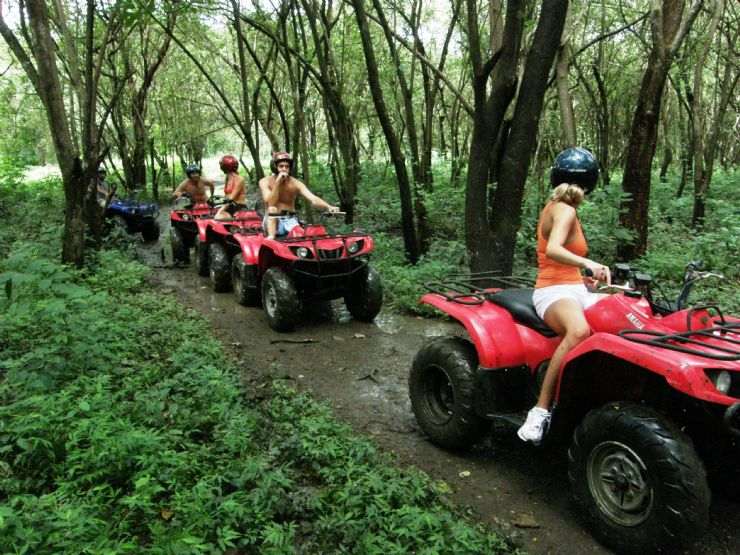 ATV Tour through the Forest near Tamarindo in Guanacaste
