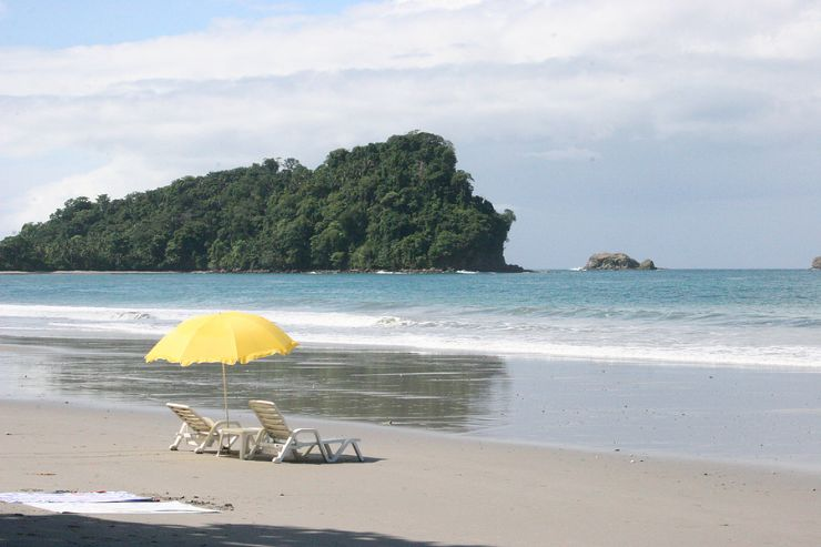 Inviting beach chairs in Manuel Antonio