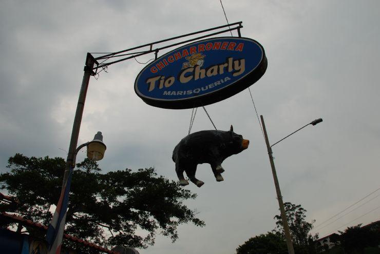 Chicharronera Tio Charly main sign