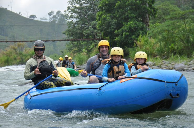 Enjoying the river while rafting on the Rio Savegre