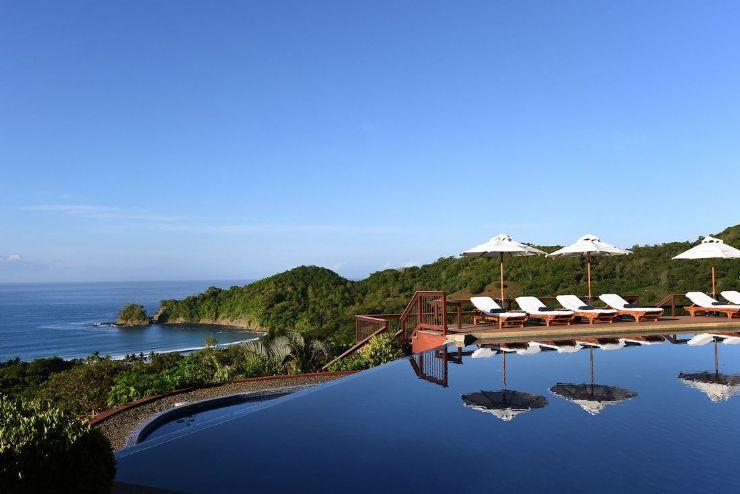 Hotel Punta Islita pool overlooking the Pacific Ocean