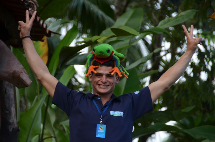 Javi the Frog on guide's head having fun