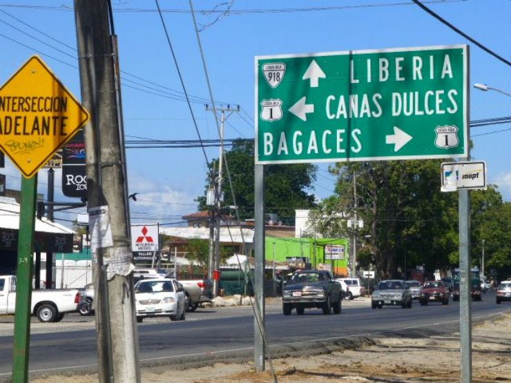 Sign to Liberia on the highway