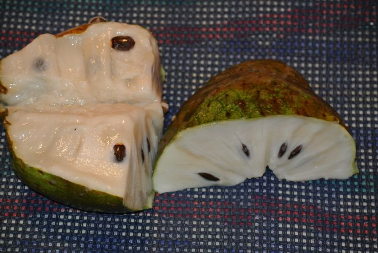 Delicious & Sweet Guanabana (Soursop)