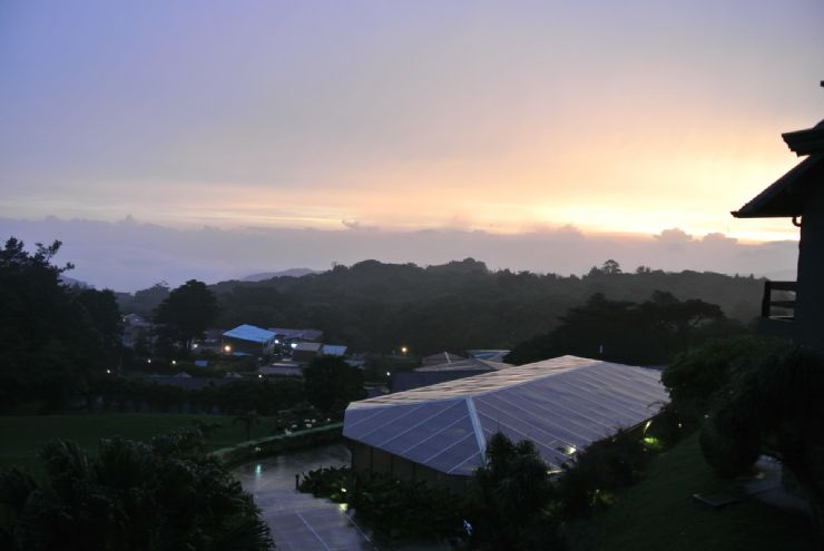Amazing sunset in El Establo, Monteverde