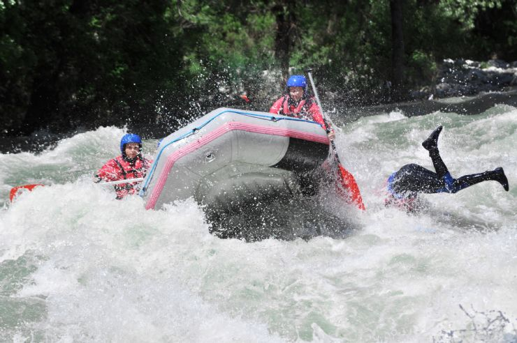 Splashing into the water from a white water rapid on the Rio Toro