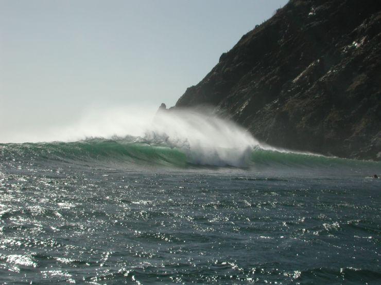 Ollies Point Head High Surf