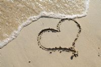 10 Romantic Gestures for Your Vacation