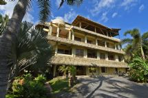 Canciones del Mar Hotel front view