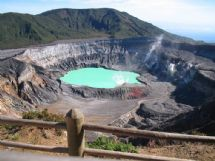 Amazing Poas Volcano Crater with Tratursa Tours