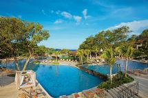 Panoramic pool at Dreams Las Mareas Costa Rica