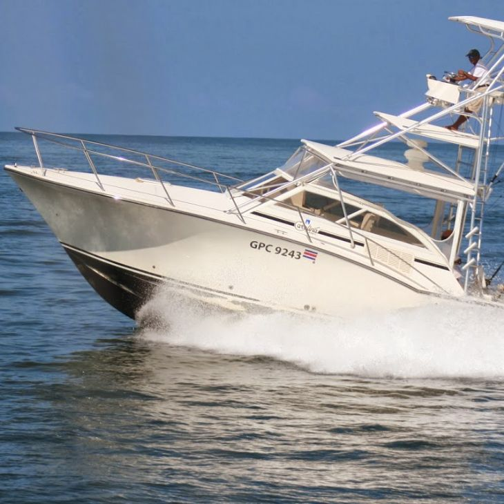 Beautiful boat with Coyote Sportfishing