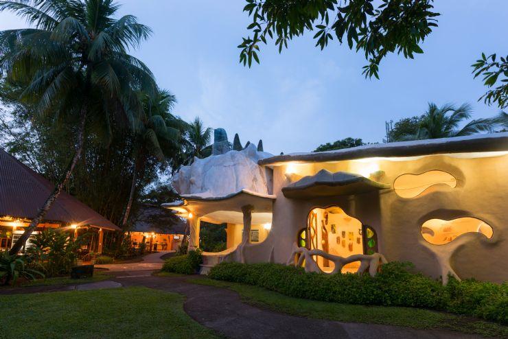 Gaudi style building t Laguna Lodge Tortuguero